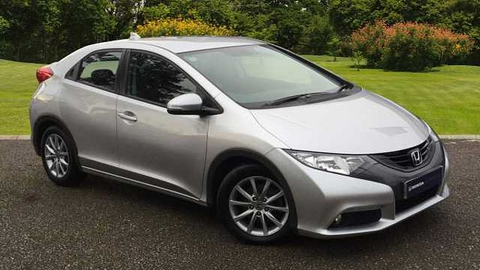 Honda  Civic 1.8 i-VTEC ES 5-Door